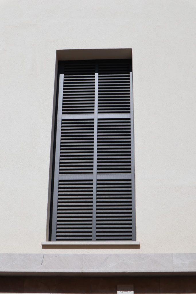 Detalle fachada vivienda unifamiliar